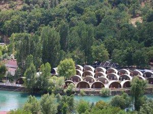 Türkiye'nin ilk çadır kamp oteli kuruldu