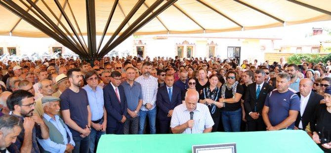 Gündoğan, son yolculuğuna uğurlandı