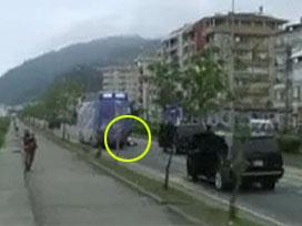 Erdoğan yaralı polisi ziyaret etti