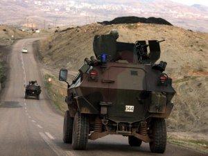 Askeri aracın çarptığı genç hayatını kaybetti