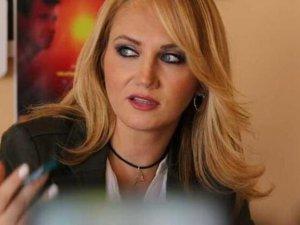 Sanatçı Pınar Aydınlar'a soruşturma