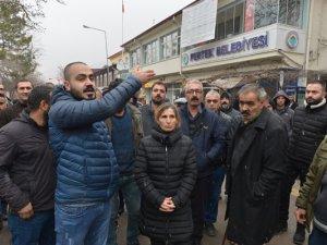 Pertek Belediyesinin işçi alımlarına tepki