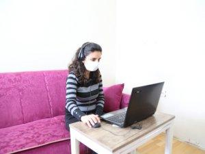 İstihdam atağı sürüyor, gençlere evlerinde iş imkanı