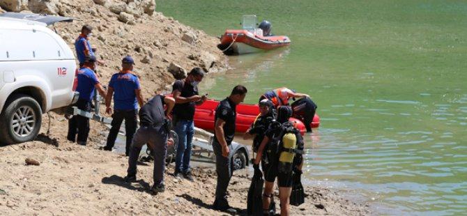 Gülistan Doku'yu su altında arama çalışmalarına yeniden başlandı