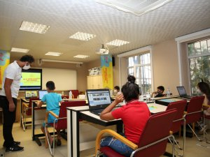 Üç EBA Destek Noktası öğrencilerin hizmetine açıldı