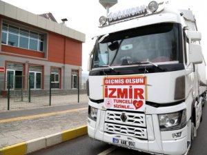 İzmir'e bir yardım tırı yola çıktı