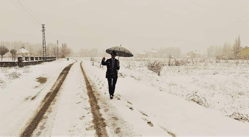 Dersim'de kar yağışı: 56 köy yolunu ulaşıma kapattı