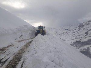Dersim-Erzincan karayolu araç trafiğine açıldı