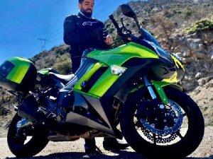 Motosikletin kaza anı güvenlik kamerasına yansıdı