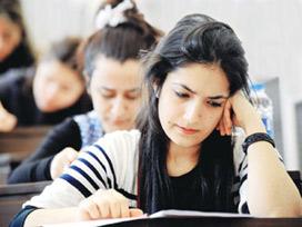 34 öğrencinin girdiği sınava 30 görevli