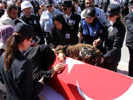 Erzincan'da şehit olan polisin ilginç hikayesi