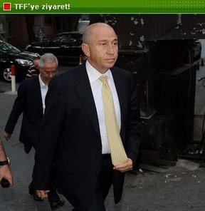 Fenerbahçeli yöneticilerden manidar ziyaret!