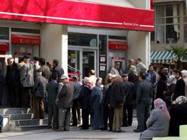 Emekliye 'maaşı bankada tuma' uyarısı