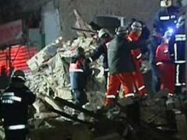 İstanbul'da 2 işçi göçük altında kaldı