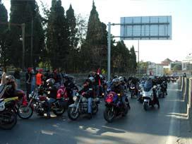 Motorsiklet tutkunları Sakarya'da buluştu