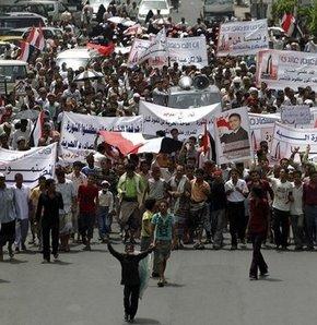 Yemen'de gösteriler sürüyor