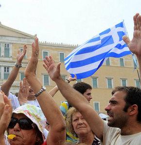 Yunan parlamentosunda güven oylamasına doğru