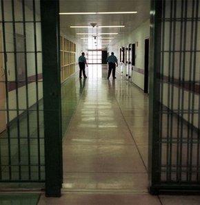 El Kaide militanları hapisten kaçtı