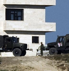 Suriye'de askerler ne yapacaklarını şaşırdı - VİDEO