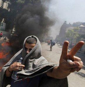 Tunus'tan Suriye'ye 6 aylık Arap ayaklanması