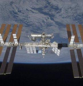 Astronotlar, çöp yüzünden istasyonu terk etti