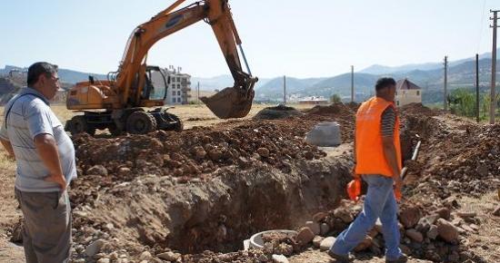 İnönü Mahallesinde kanalizasyon şebekesi çalışması