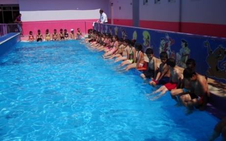 Yüzme Kursuna Yoğun İlgi