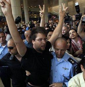 İsrail'de 120 aktivist gözaltında
