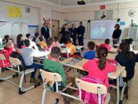 Vali Sonel'den okullara ziyaret