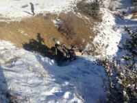 Şarampole uçan araçtaki, yaralıyı ekipler kurtardı