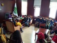 Cemevi'nden Hozat'lı öğrencilere yardım