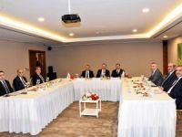 Vali Sonel, FKA toplantısına katıldı