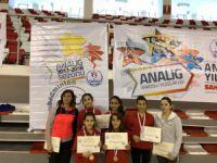 Badminton takımı çeyrek finale katılacak