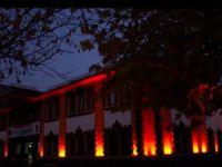 Cemevi ile Mameki Köprüsü aydınlatıldı
