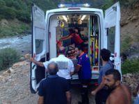 Kayadan düşen şahıs ağır yaralandı