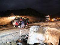 Trafik kazası: 2 genç hayatını kaybetti