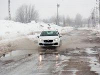 Ovacık'ta kar yağışı etkili oldu