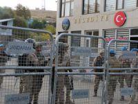 Akpazar Belediyesine kayyum atanması protesto edildi