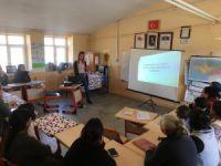 Kadınlara şiddetle mücadele ve evlilik eğitimi