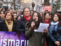 Kadınlar, çocuk istismarına karşı ayakta!