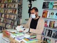 Evlerine kapanan vatandaşların kitaba talebi arttı