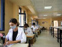 Halk eğitim merkezleri öğrenciler için maske üretti