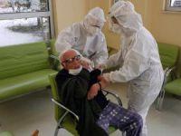Huzurevi ve bakımevlerinde aşı uygulaması