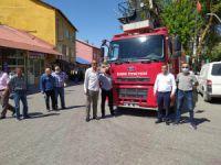 İzmir'den Hozat'a araç desteği