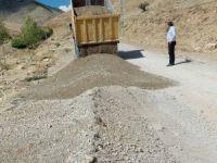 Hozat'ta yol ve asfalt çalışması