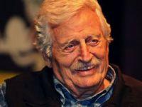 Usta tiyatrocu Müşfik Kenter hayatını kaybetti