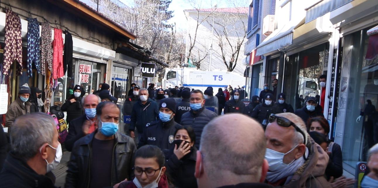 hdp'nin-aciklamasina-polis-ablukasi-(3).jpg