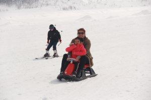 minik-ogrenciler-ilk-defa-kayak-heyecani-yasadi-(13).jpg