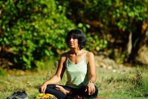 munzur-kiyisinda-meditasyon-(2)-001.jpg
