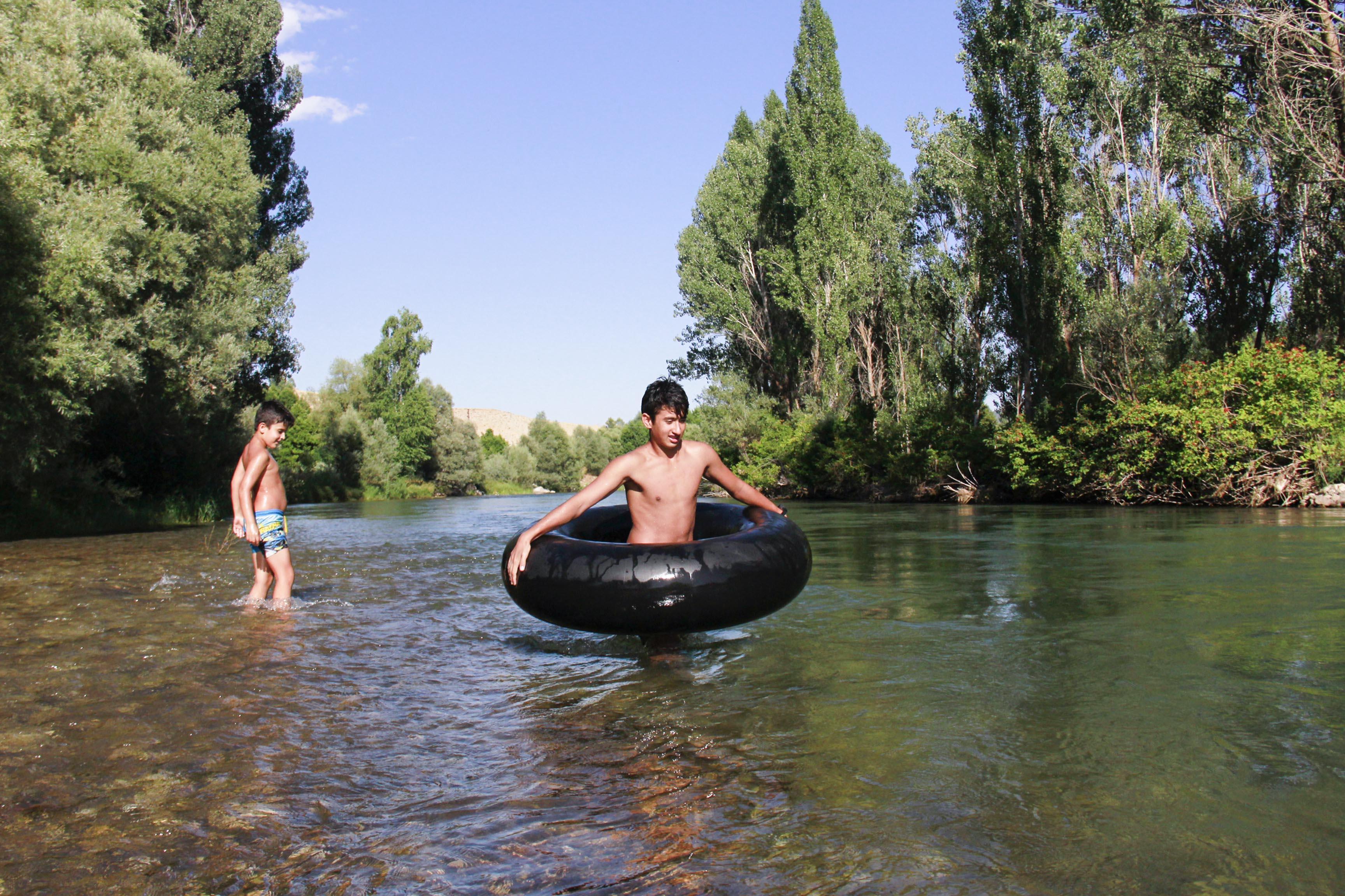 sambrelle-rafting-yapiyorlar-(3).jpg